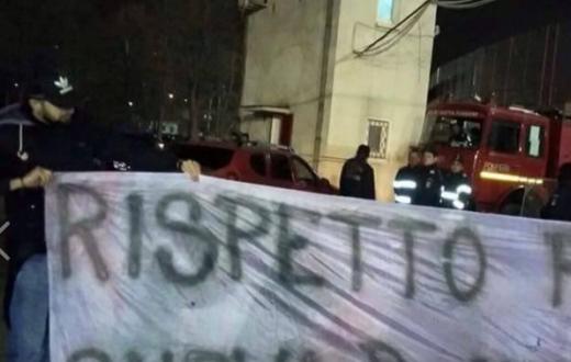 Striscione tifosi Dinamo Bucarest