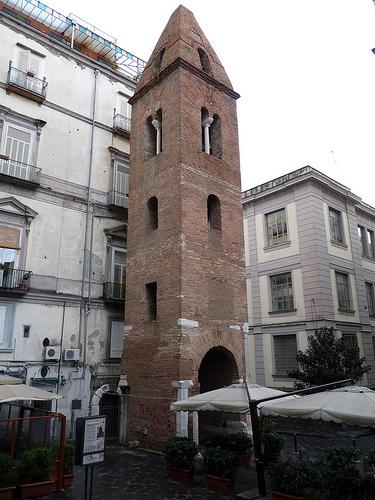 campanile pietrasanta