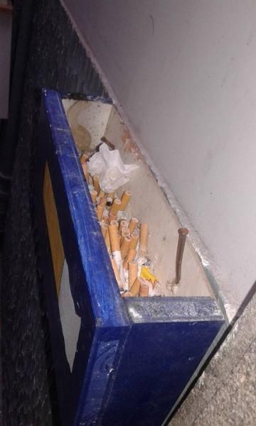 Cestino per sigarette