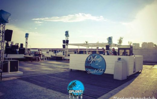 oplonti beach club
