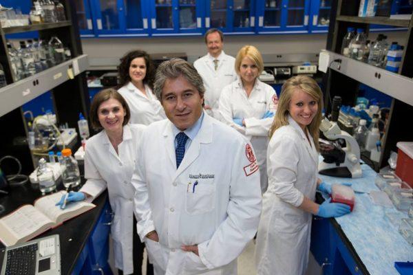 Il Prof. Antonio Giordano e il suo team
