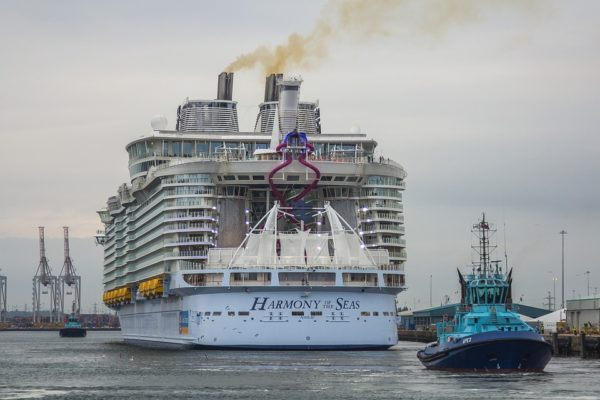 Grave incidente sulla Harmony of the Seas: 1 morto e 4 feriti