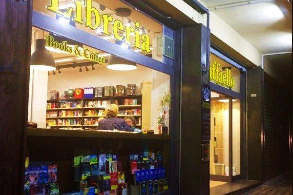 Vomero: in via Kerbaker nasce una libreria, caffè letterario