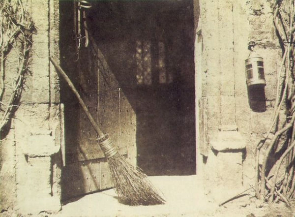 William Henry Fox Talbot - The Open Door, 1843