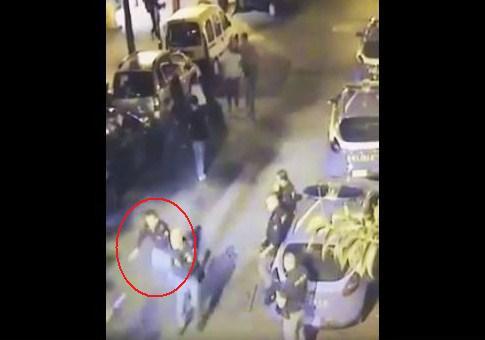 Poliziotto investito a piazza Bellini, preso il pirata in scooter