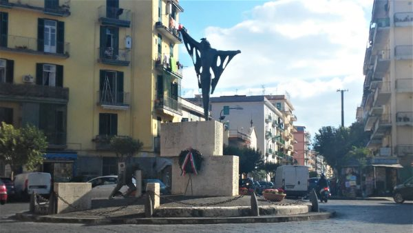 Monumento ai caduti di Piazza Trieste