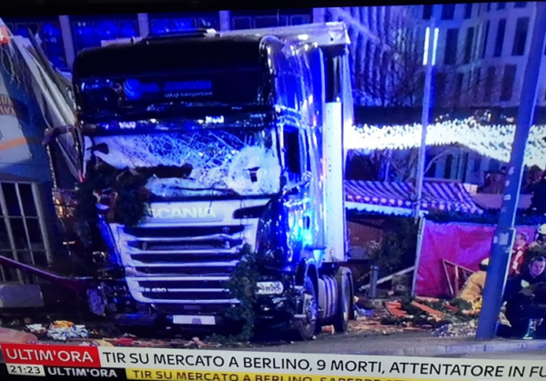 attentato-berlino-camion