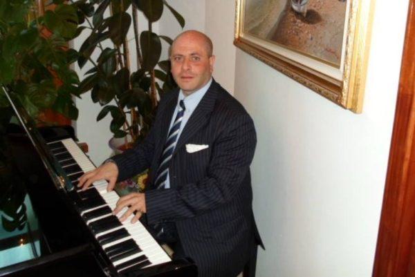 Incendio in una cantina svizzera, muore musicista di Torre Annunziata