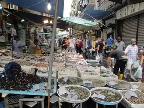 Mercatini del pesce di natale la top 5 di napoli e provincia - Mercato di porta nolana ...
