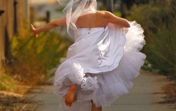 Scafati, futura sposa fugge col testimone: è corsa al lotto