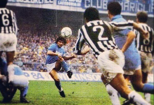 650b44c40433d Napoli-Juventus non è una partita come tutte le altre. Per i tifosi  napoletani è La partita. Quest anno