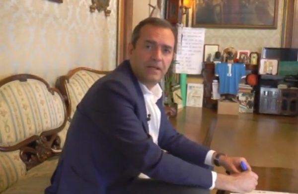De Magistris contro sindaco T.del Greco