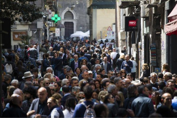 Parlar male di Napoli potrebbe comportare una querela