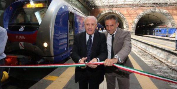 Cumana, dopo 30 anni arrivano i nuovi treni oggi la prima partenza