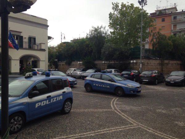polizia Torre Annunziata