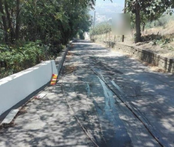 Vesuvio Video incendio, Emergenza Ercolano ed Ottaviano: strade chiuse e case evacuate
