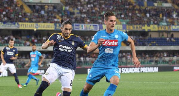 Anche il Napoli ricomincia da 3, il Verona si sveglia nel finale