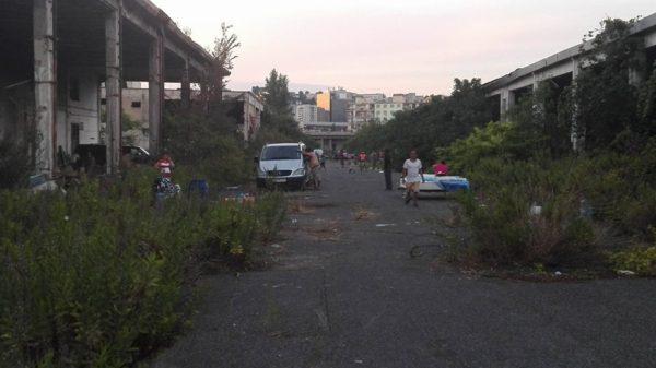 Napoli, scoperto corpo senza vita in ex mercato ortofrutticolo a Poggioreale