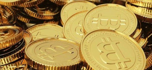 Risultati immagini per bitcoin napoli