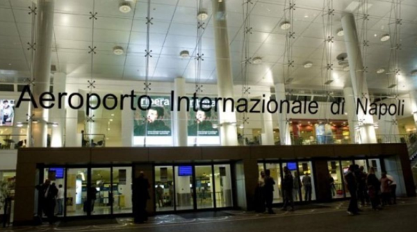 Napoli - Tifosi bloccati a Capodichino non riescono a raggiungere Manchester!