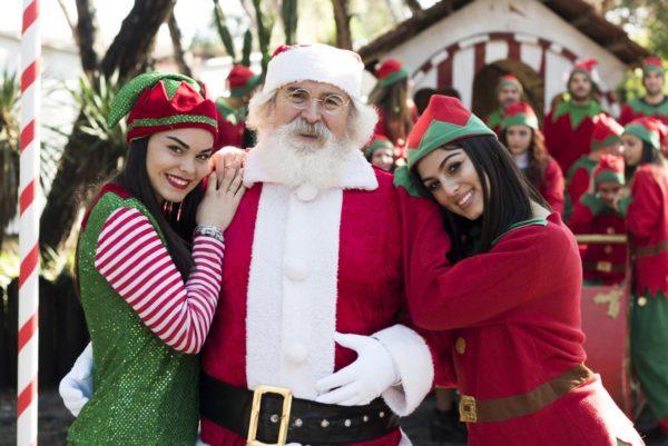 La Casa Di Babbo Natale Prezzi.Il Villaggio Di Babbo Natale A Varcaturo Giochi Street Food E Spettacoli