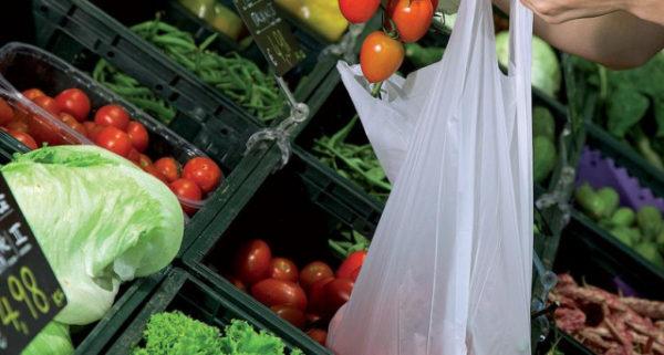 Buste frutta e verdura a pagamento, la nuova norma dal 2018