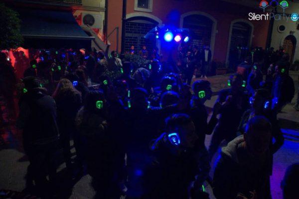 Dopo il grande successo di carnevale torna Silent Party a Napoli. L evento b1b2515d6441
