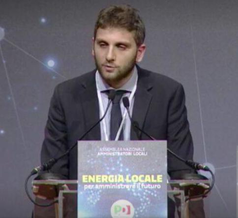 Sma Campania, rifiuti e tangenti: indagato Roberto De Luca per corruzione