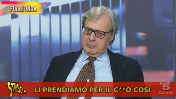 Striscia la Notizia: Vittorio Sgarbi e la fake news sulle file al Caf per il reddito di cittadinanza