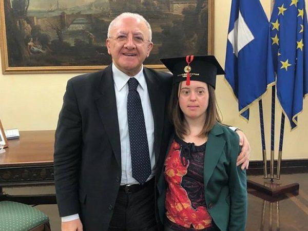 Napoli: studentessa con sindrome di down si laurea con 110 e lode