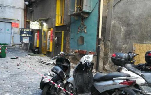 crollo quartieri spagnoli