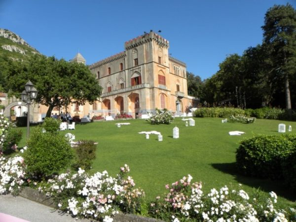 Letto A Castello Campania.Castelli Piu Suggestivi Dove Celebrare Il Matrimonio In Campania