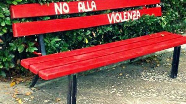 giornata contro violenza donne napoli