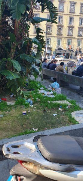 piazza dante rifiuti 2