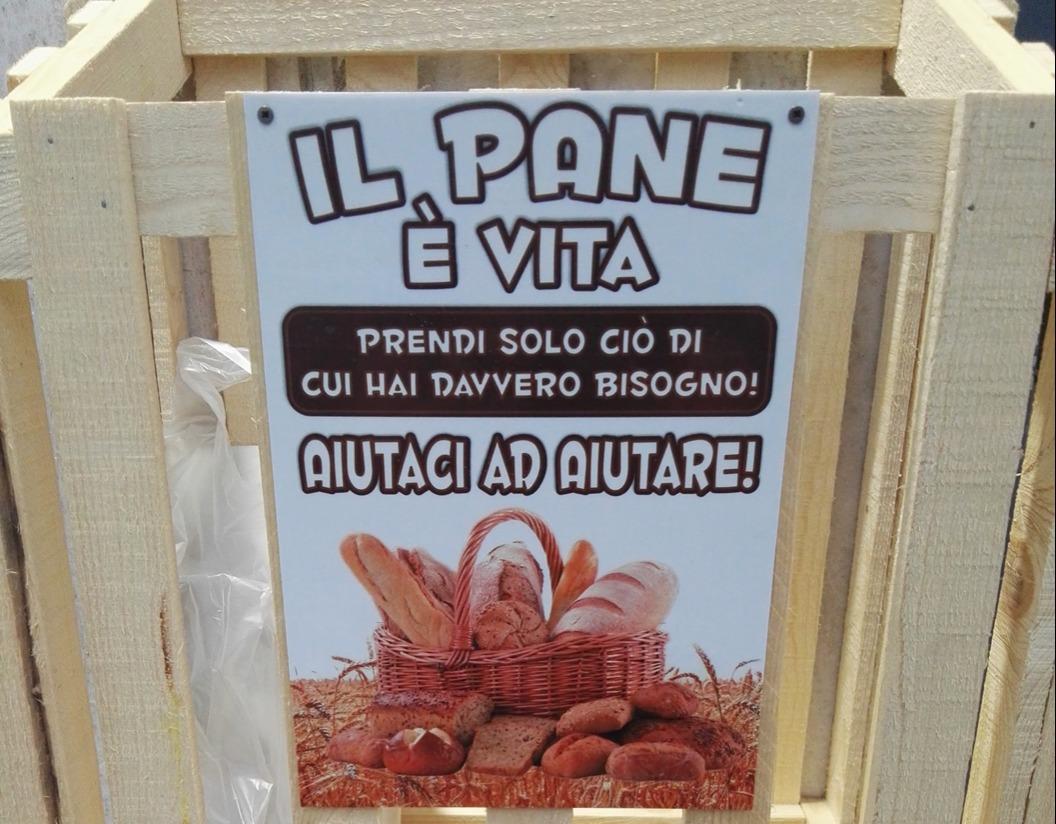 'Pane sospeso': panifici di Ercolano e Pompei regalano prodotti invenduti - Vesuvio Live