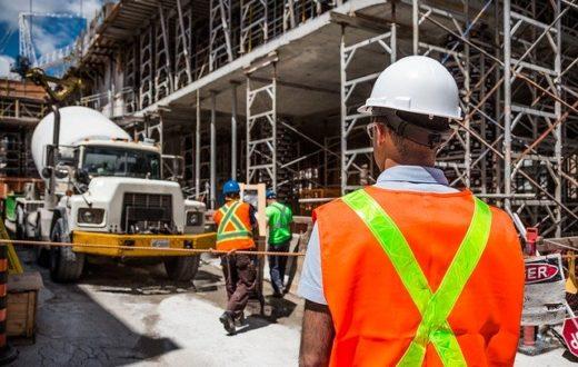 lavori operai cantiere edile