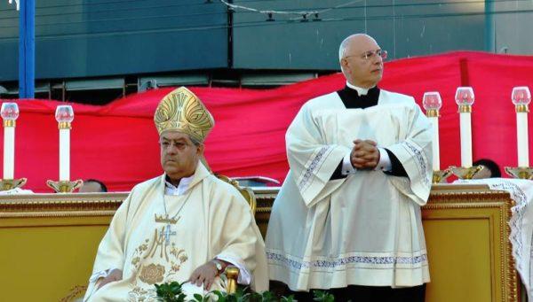 Coronavirus, messa di Pasqua in streaming dalle chiese di Napoli: come seguirla