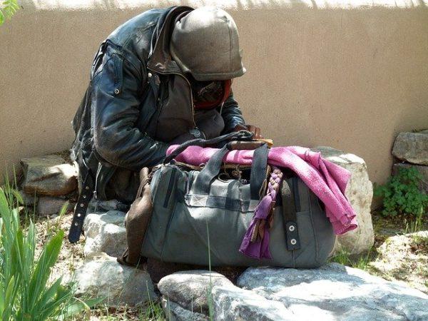 senzatetto sfratto