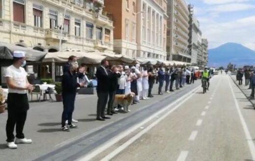 Flashmob ristoratori lungomare