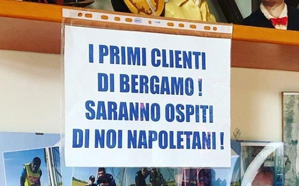 Napoli, altro che razzismo anti Lombardia: cena gratis ai turisti di Bergamo