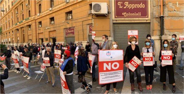 protesta gestori locali napoli