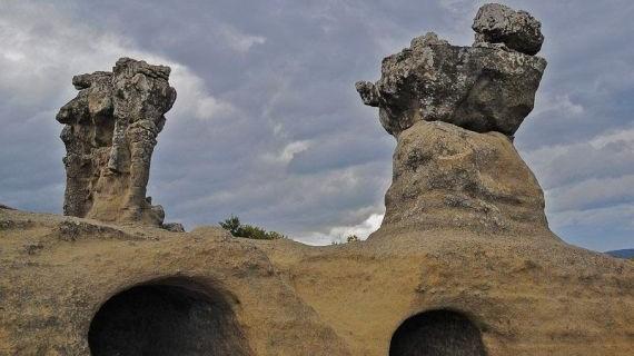 giganti di pietra a campana