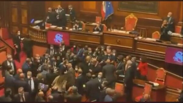assembramenti in senato