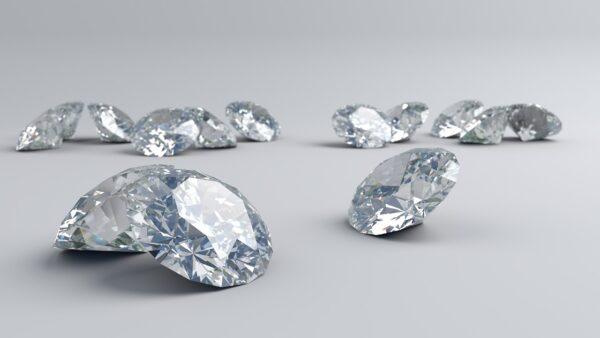uomo diamanti supermercato