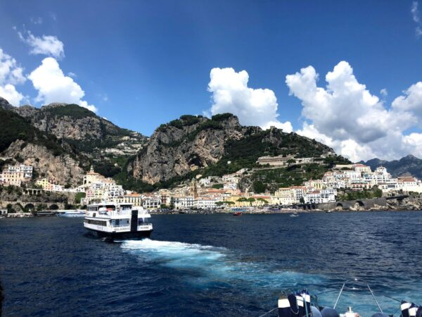 linea Napoli-Positano-Amalfi