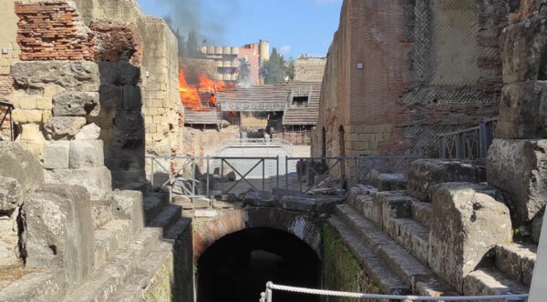 anfiteatro flavio incendio